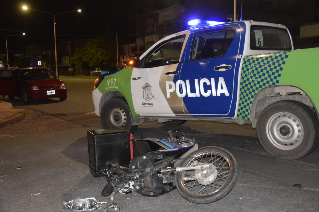Motociclista herido tras un choque con un camión