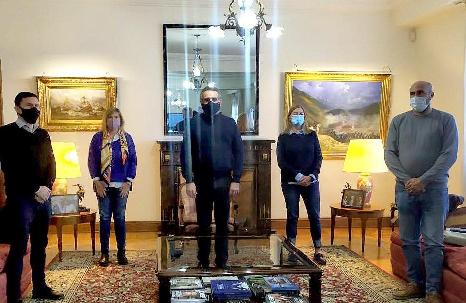 Valicenti, Aguilera y Schwindt con el Ministro Agustín Rossi