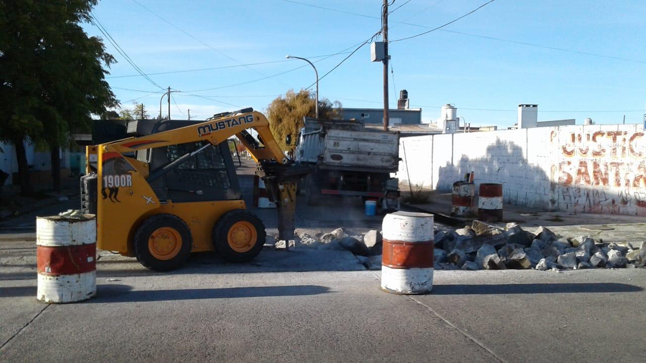 Piden «precaución» al circular en un sector de la avenida Urquiza